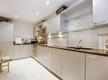 Flat-for-sale-Clerkenwell-london-2788-view1