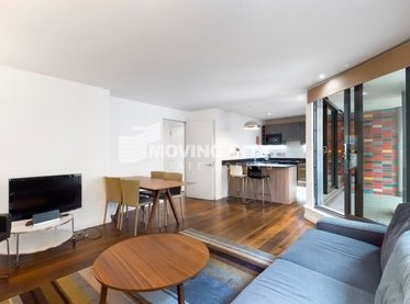 Flat-under-offer-London Bridge-london-2998-view1