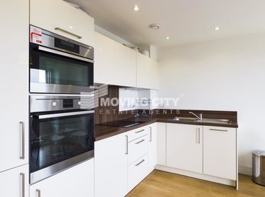 Apartment-let-agreed-Bromley By Bow-london-2895-view1