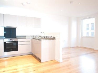 Apartment-let-agreed-Hanwell-london-2942-view1