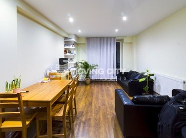 Flat-to-rent-Aldgate East-london-2817-view1