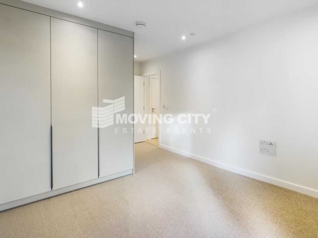 Flat-under-offer-Southfields-london-2824-view7